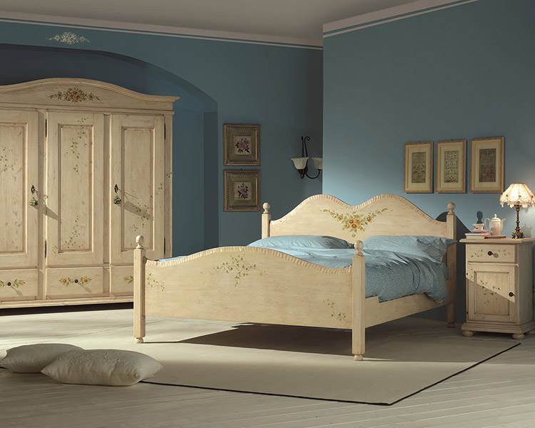 Arredamenti in stile toscano per bed breakfast e agriturismi for Arredamenti per agriturismo